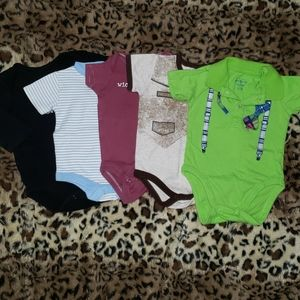 6-9 month boys bodysuits